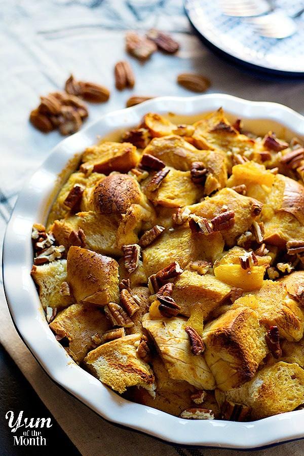 pumpkin-pecan-bread-pudding-1-yum-600px