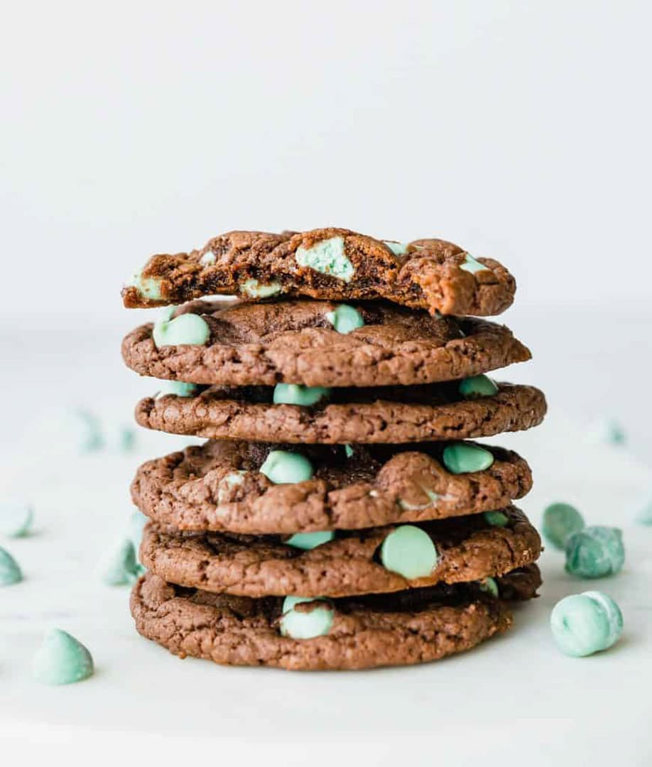 Mint Chip Cake Box Cookies
