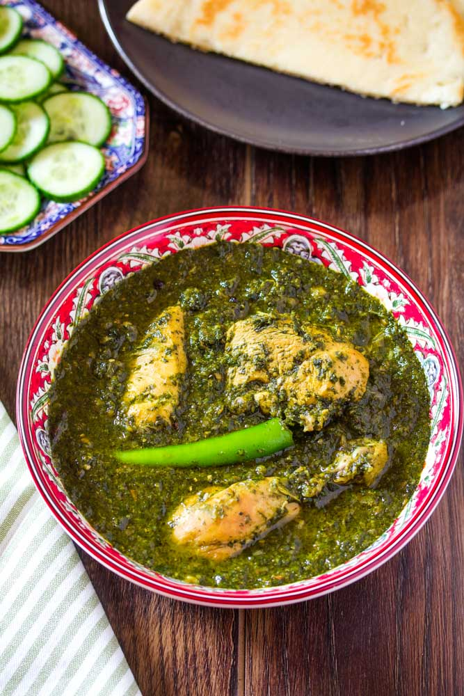 Palak Chicken (Spinach and Chicken Curry)