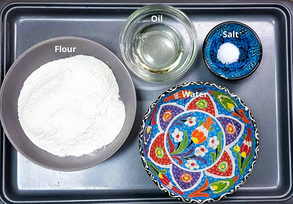 dough ingredients for mutabbaq